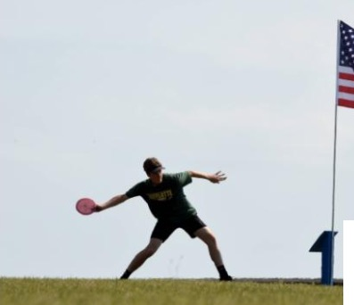 Inexperienced Jaguar team seeks to defend its disc golf championship in second day of tourney